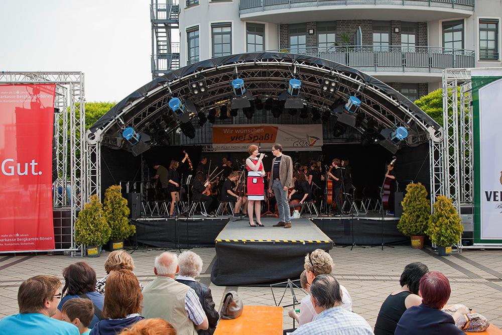 Moderation auf dem Hafenfest Bergkamen. Foto: Magdalena Stengel